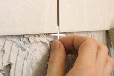 Inserting Tile Spacer