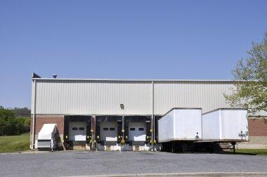 Unloading docks and trucks