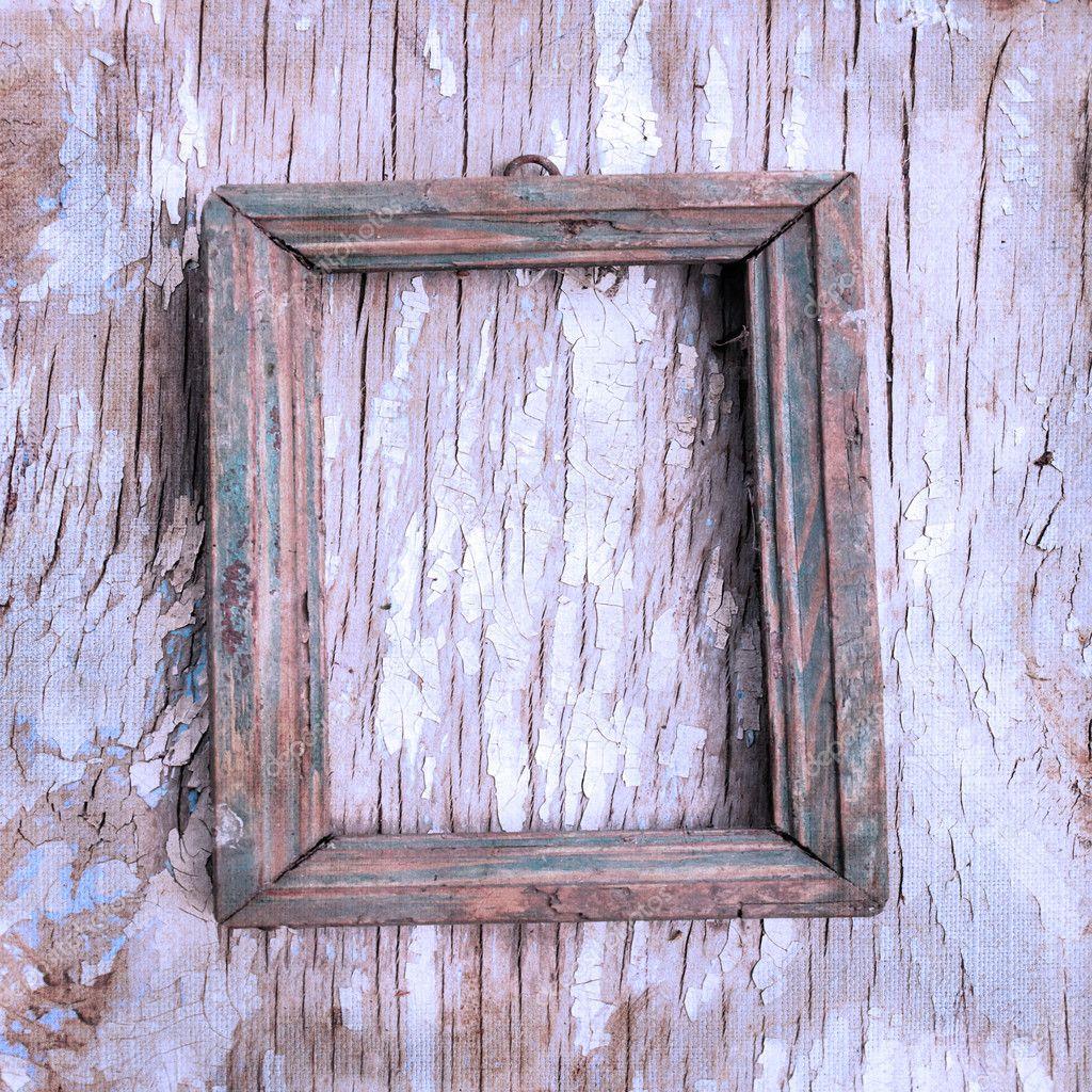 antiguo marco de fotos en la pared agrietada — Fotos de Stock ...