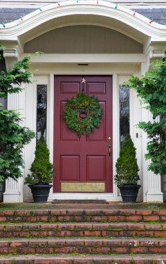 Magenta Door with Wreath