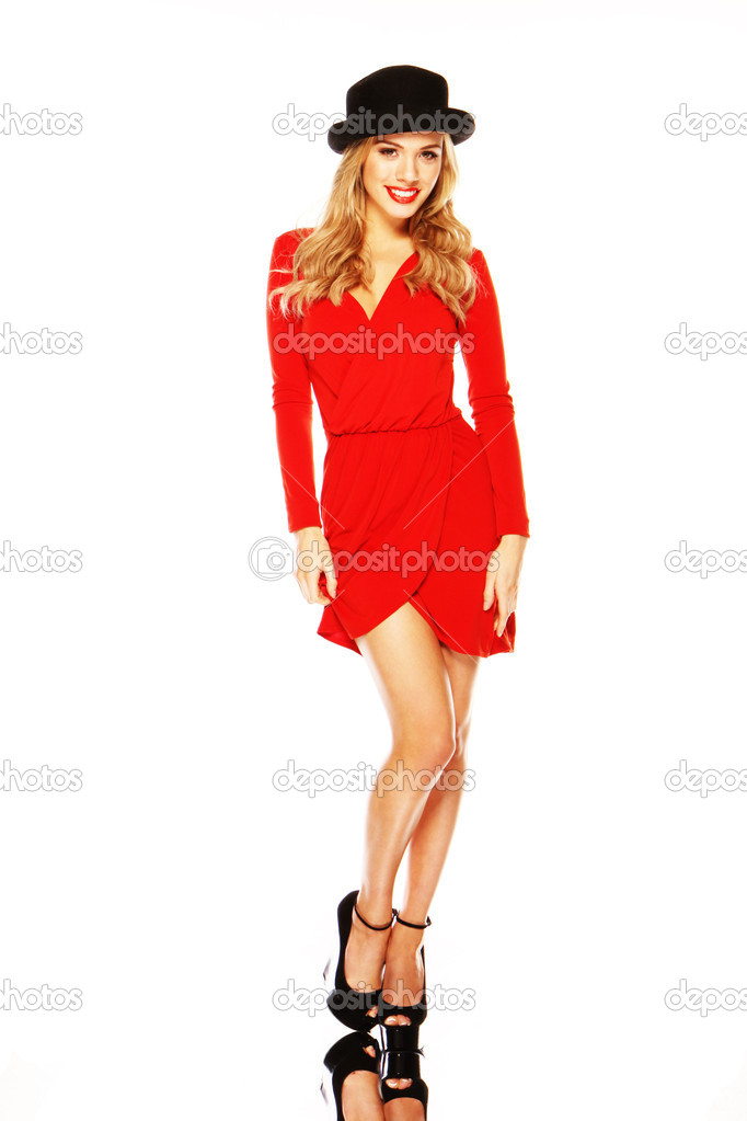 Modelo Elegante Vestido Rojo Mostrando Las Piernas Foto De