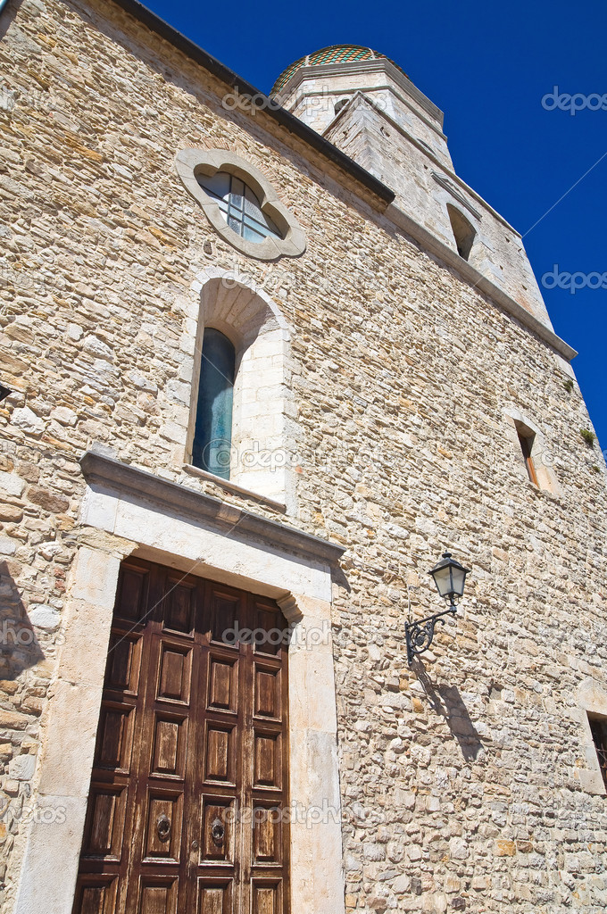 母教会。ピエトラモンテコルヴィ...