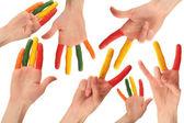 Fotografia set di mani umane colorate