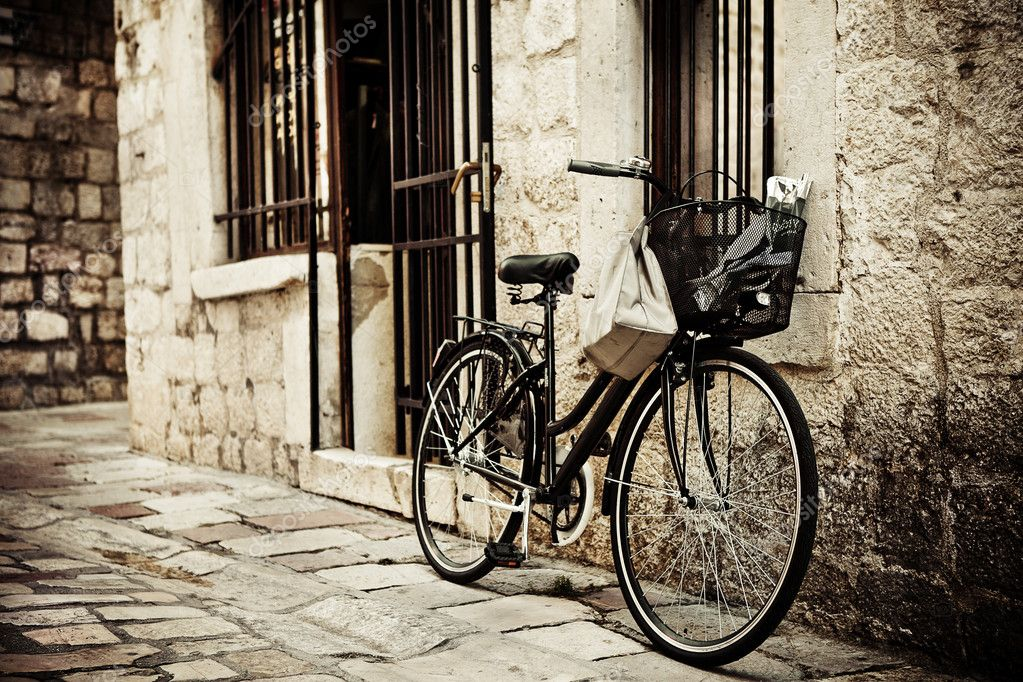 Bicycle in cobble street
