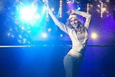 Fotografie schöne Blondine tanzen