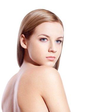 Beautyful blond-brown woman face