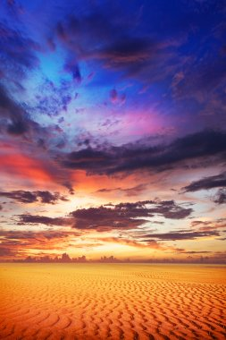 Spectacular sunset over the desert