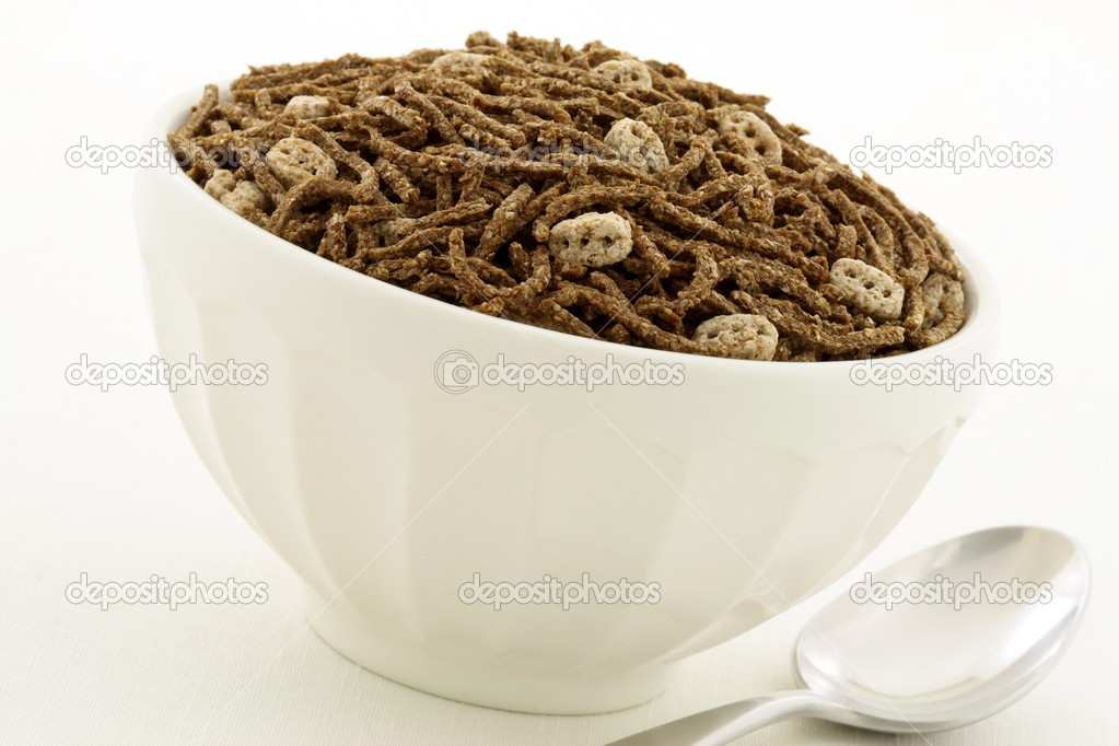 Wheat bran and flax cereal breakfast