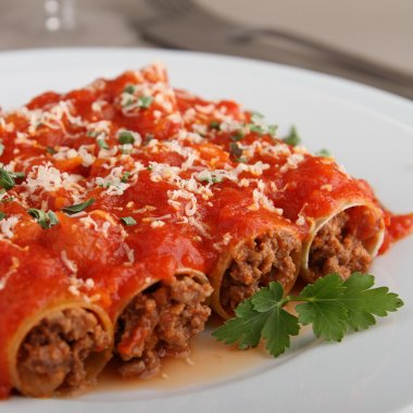 Cannelloni and tomato sauce