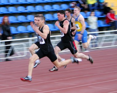 Boys on the 100 meters race