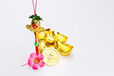Chinese New Year Ornaments - Gold pineapple II
