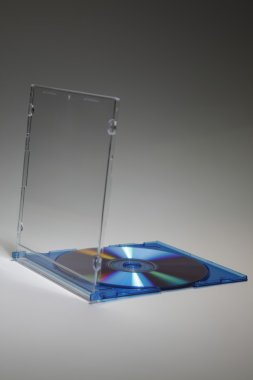 Cd with casing