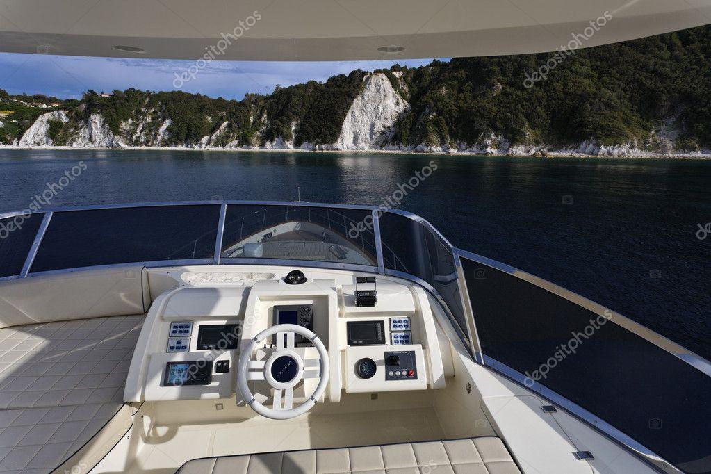 Italy, Tuscany, Elba Island, luxury yacht Azimut 75, flybridge