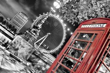 Phone cabine in london