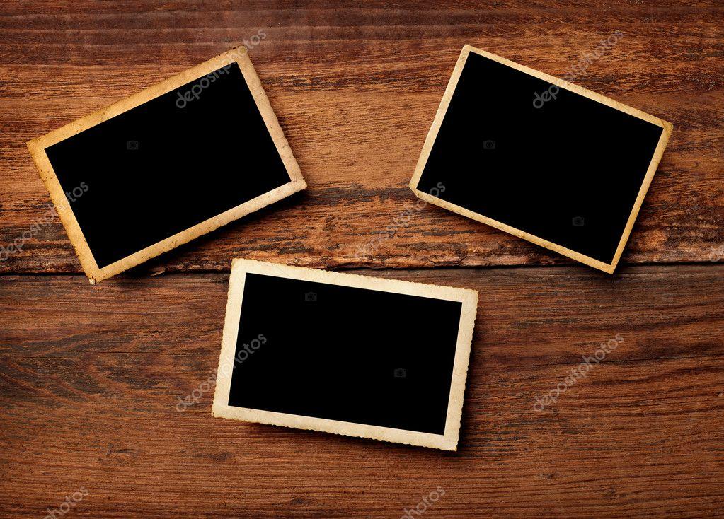 antigua foto postal y clavija de ropa de madera — Foto de stock ...