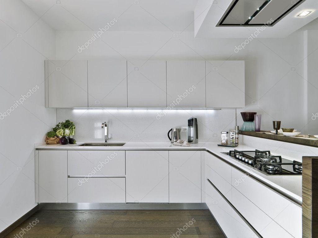 Cucina Moderna Bianca. Stunning Cucina Lineare Moderna Bianca ...