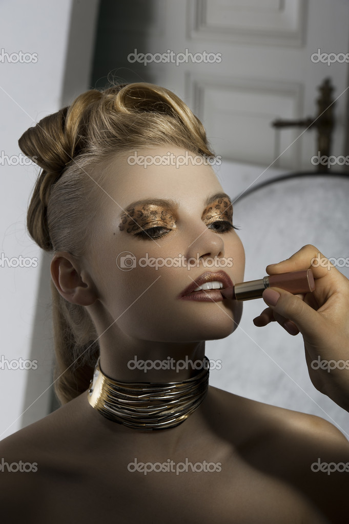 Fashion girl make up backstage