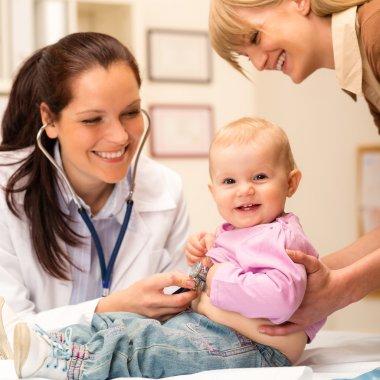 Pediatrician examine baby with stethoscope
