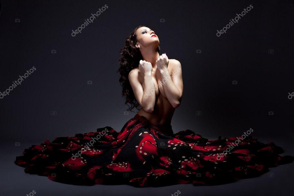 фото цыганка голая