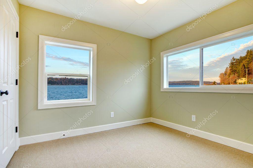 Camere Da Letto Verde Tiffany : Vuoto nuova camera da letto con pareti in vista verde acqua u2014 foto