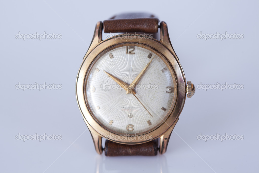 List of Synonyms and Antonyms of the Word: old wrist watch