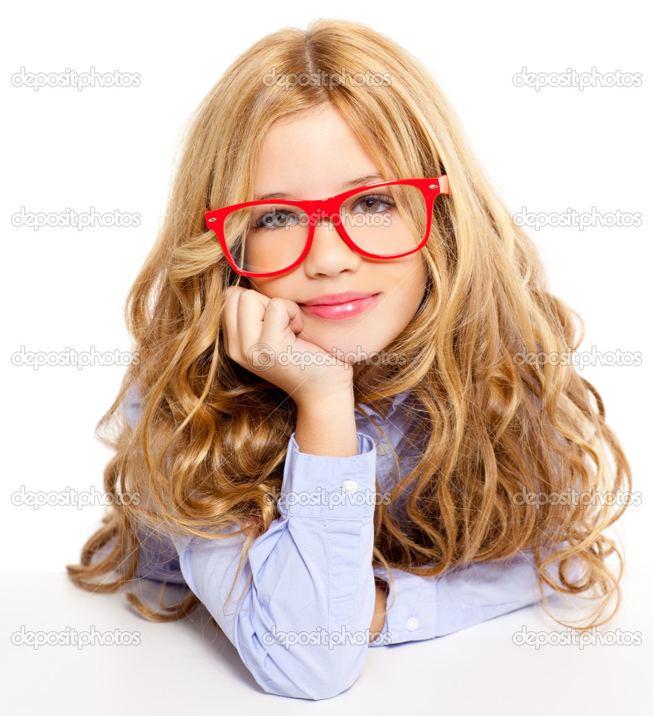 blond mode junge m dchen mit brille portr t auf wei stockfoto tono balaguer 8807799. Black Bedroom Furniture Sets. Home Design Ideas