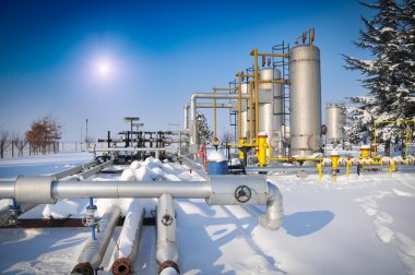 Oil and gas plants in winter