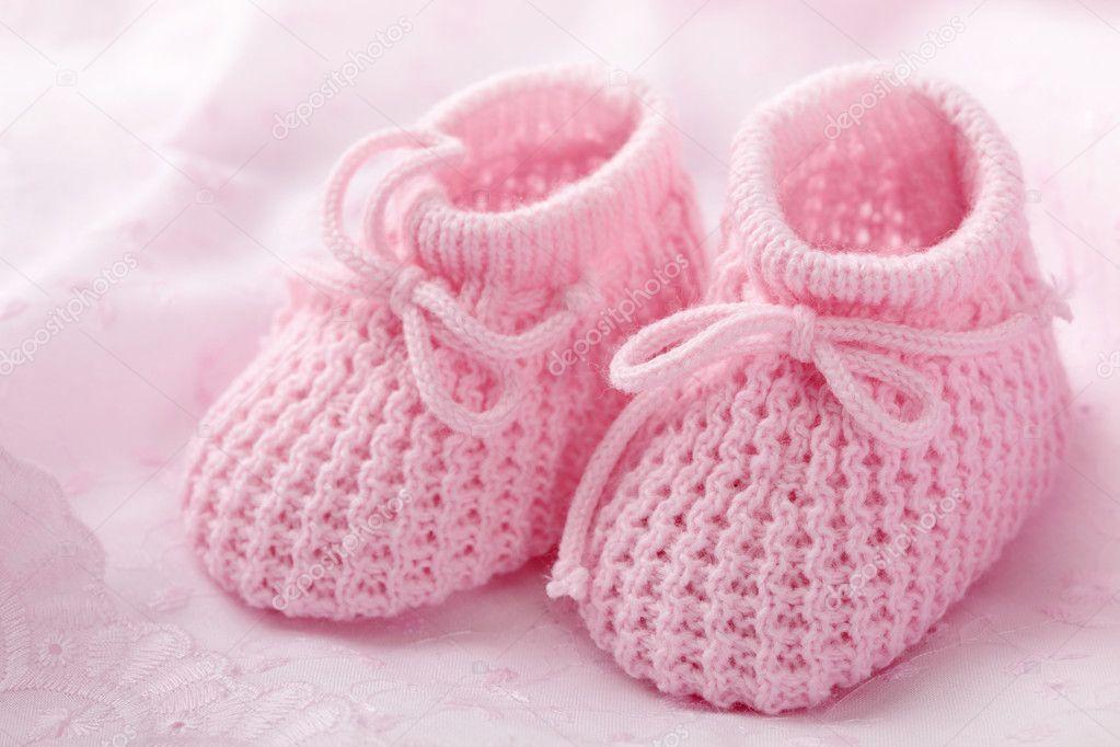 0c314dc9038 Pink baby booties — Stock Photo © egal #8333962