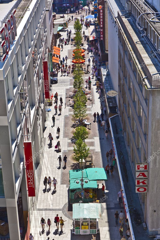 view to liebfrauenstrasse a main shopping street and place in frankfurt stock editorial photo. Black Bedroom Furniture Sets. Home Design Ideas