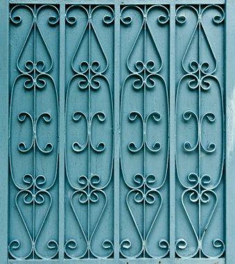 Curved steel pattern on door