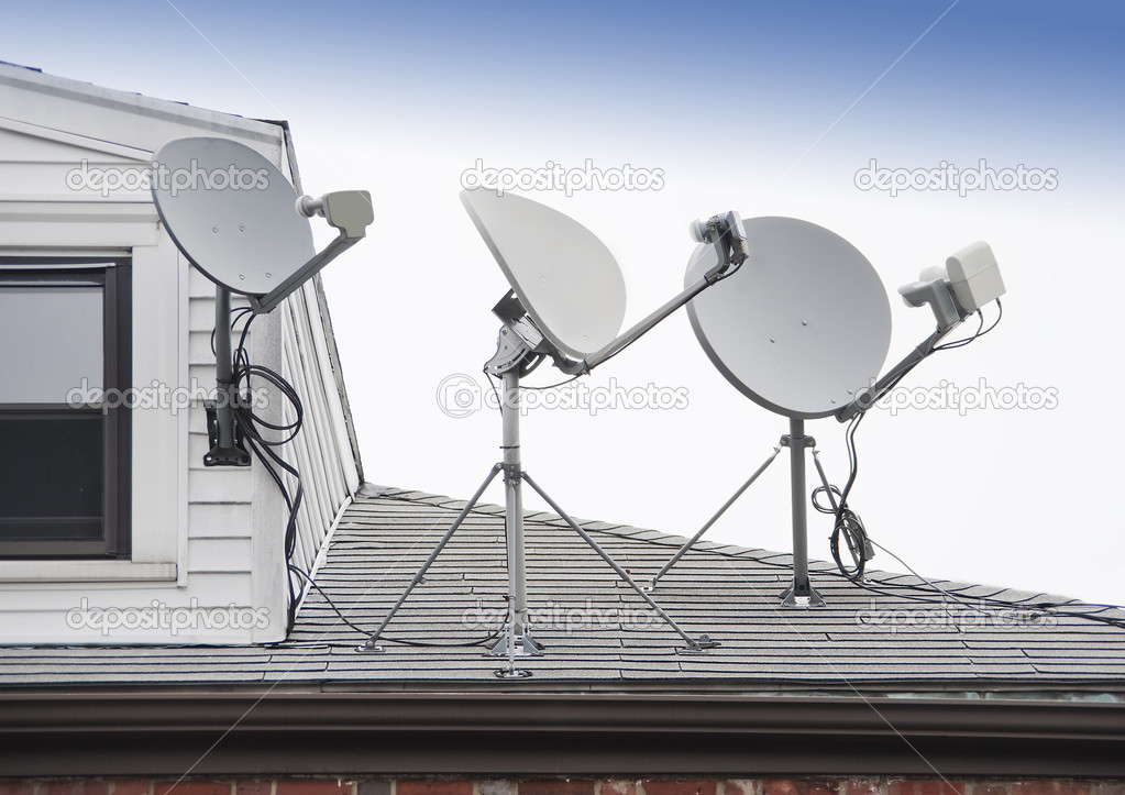 Satellite TV antenna — Stock Photo © Sonar #10715101