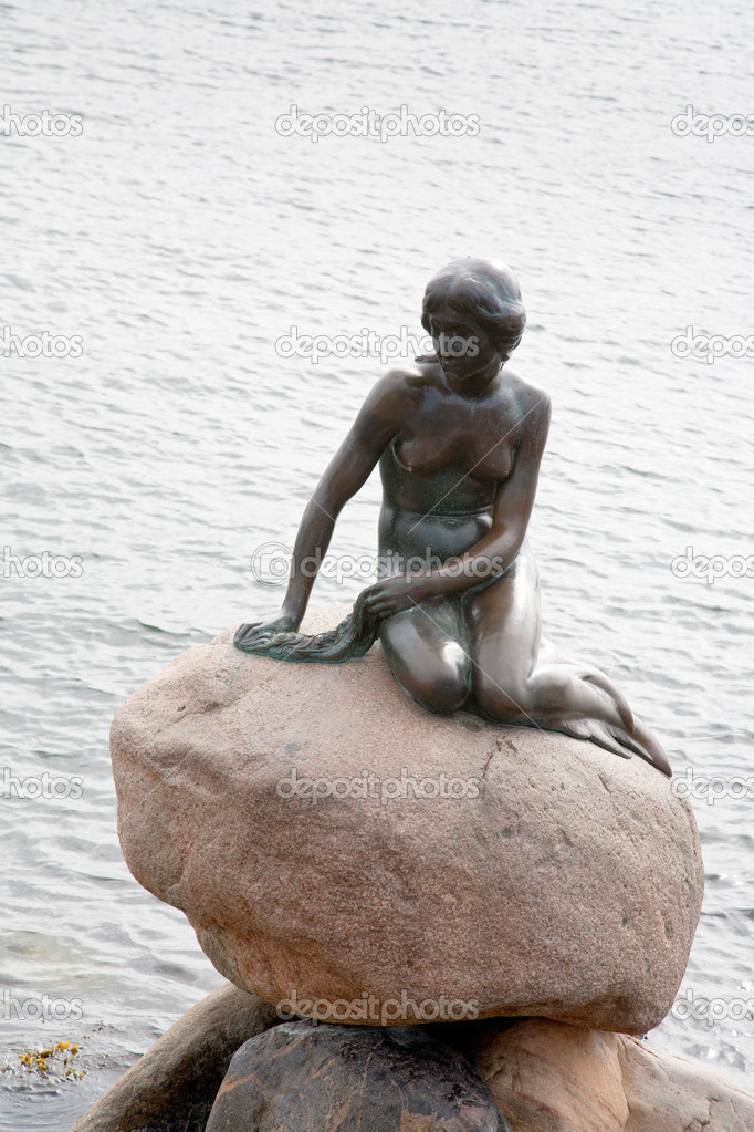 Statue de la petite sir ne de copenhague photo - Telecharger la petite sirene ...
