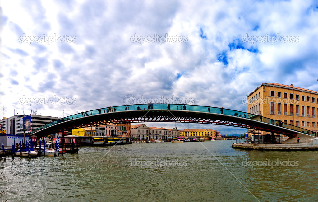 pont Calatrava à Venise - Italie — Photo éditoriale © eddygaleotti ...