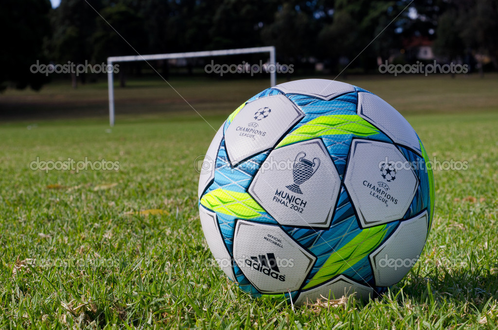 Download Uefa Champions League Ball 2012