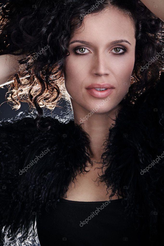 molodaya-brazilskaya-fotomodel-video-onlayn-lichnaya-zhizn-mishel-uayld