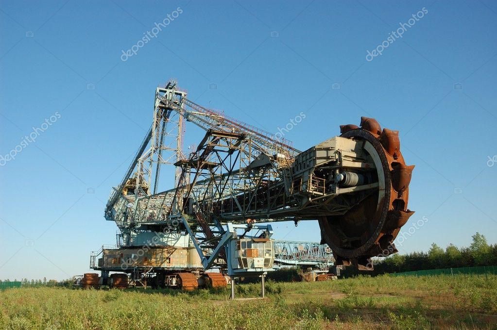 Escavatore di miniera abbandonata di luce del giorno per for Piani di luce del giorno