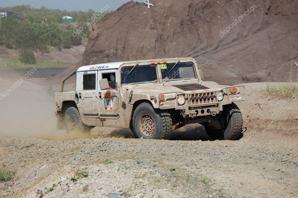 Hummer H1 Offroad Rallye Wettbewerb Redaktionelles Stockfoto