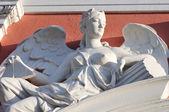 detail sochy anděla