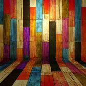 Camera di legno vecchio colore completo