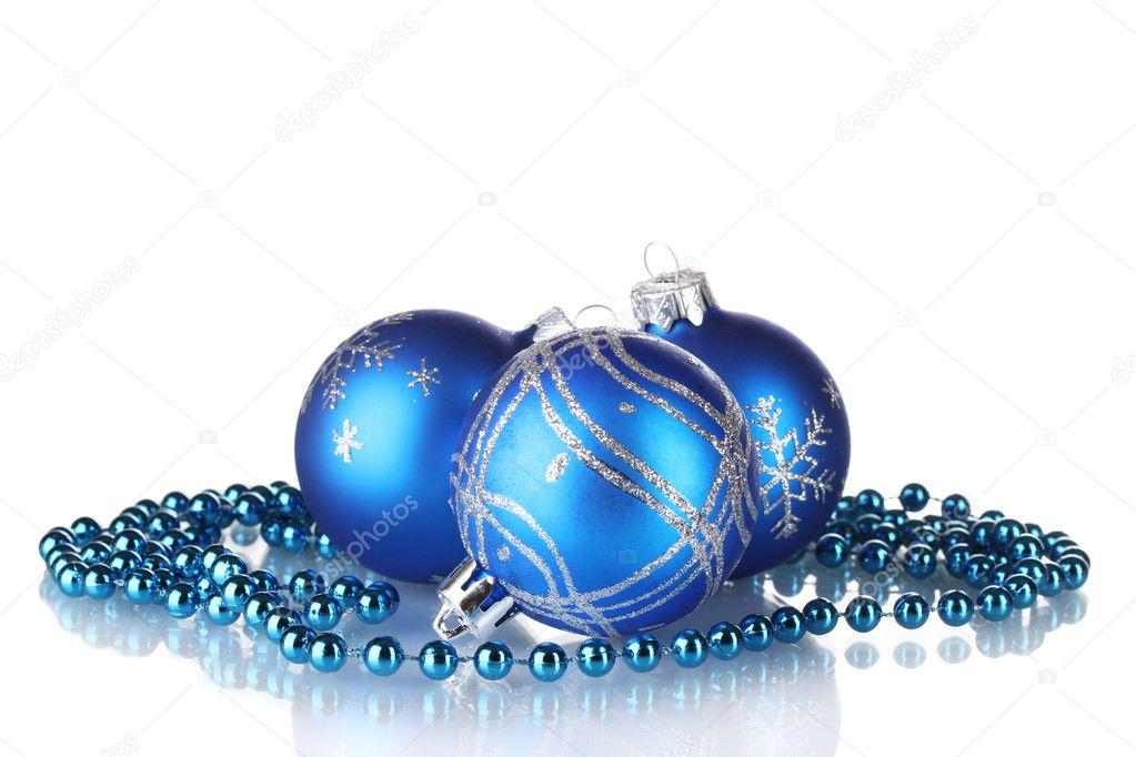 bolas de Navidad azules aisladas sobre fondo blanco Fotos de Stock