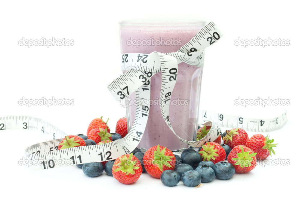 Tape measure around a berry flavored smoothie