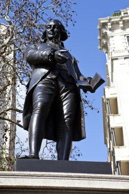 Robert Raikes Statue in London