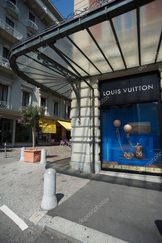 louis vuitton's marketing strategy Undoubtedly, louis vuitton has become another emblem within the lvmh empire it represents the group evolution and its strategy in every sense louis vuitton was the brand number one in the asian market.