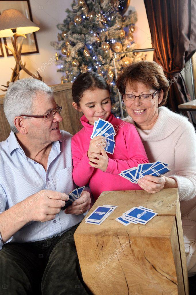 Resultado de imagem para jogos natal familia