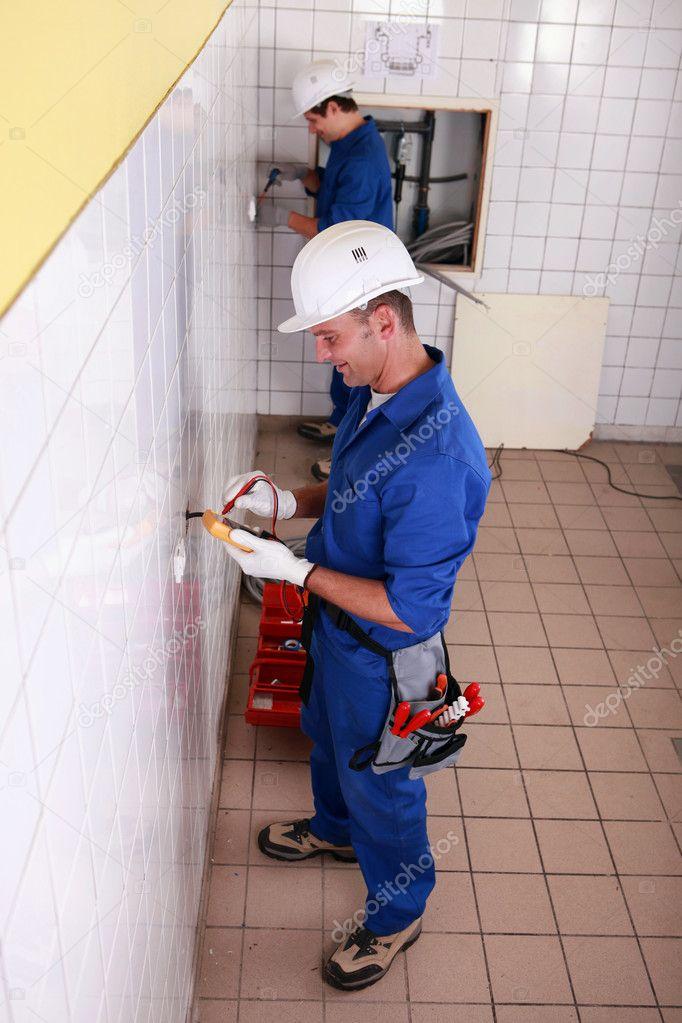 Elektriker Verkabelung ein Zimmer — Stockfoto © photography33 #8326581