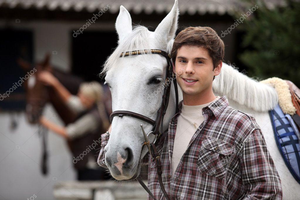 Frau sucht mann mit pferd