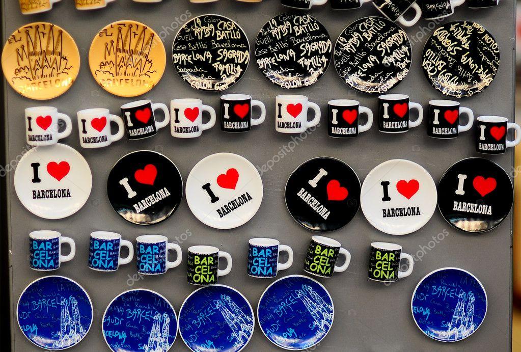 Mini Kühlschrank Für Bar : Eine sammlung von mini kühlschrank magnete aus spanien barcelona