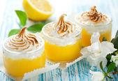 Fotografie citron meringue dezert