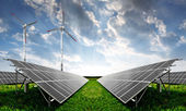 Fotografia pannelli solari e turbine eoliche