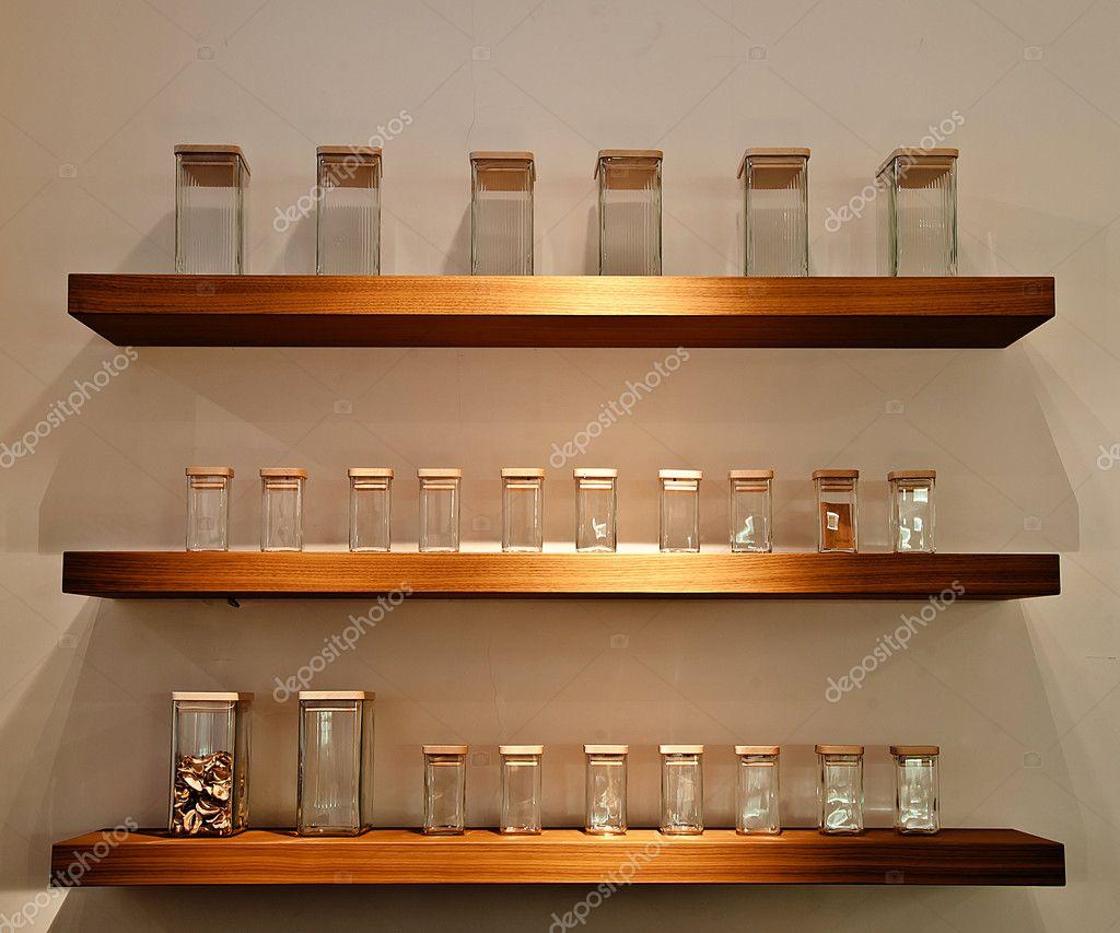 interni in legno mensole — Foto Stock © textura #8585488